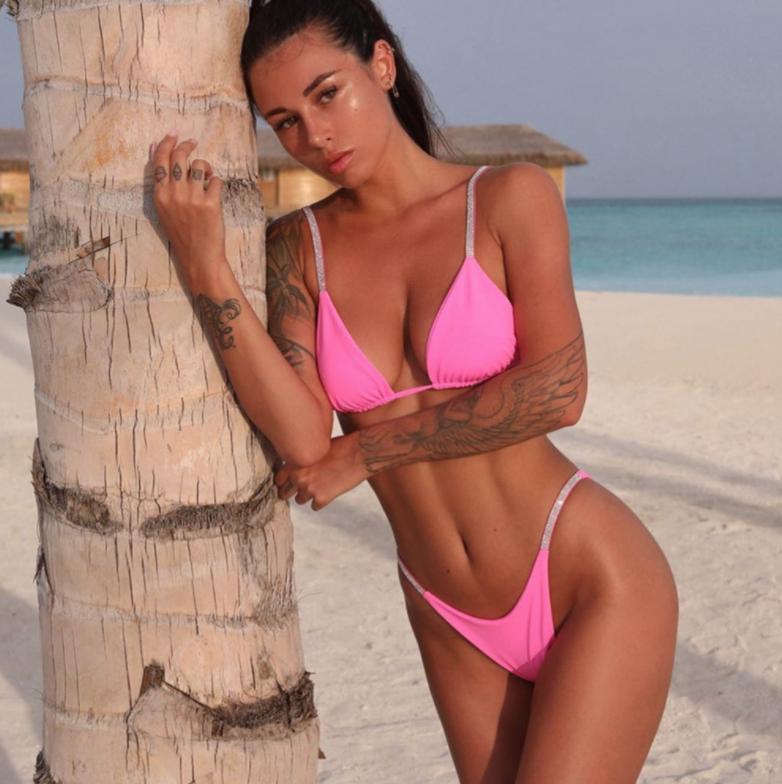 Розовый купальник-1