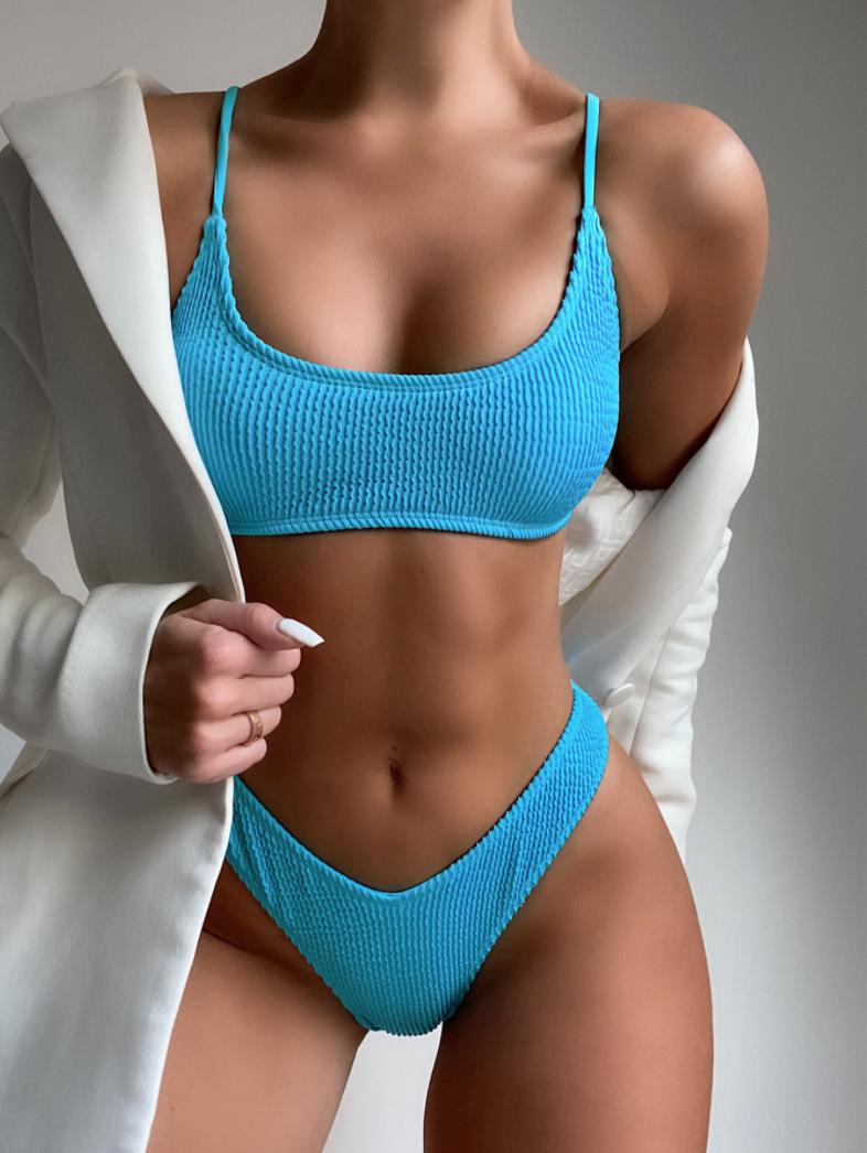 Голубой купальник